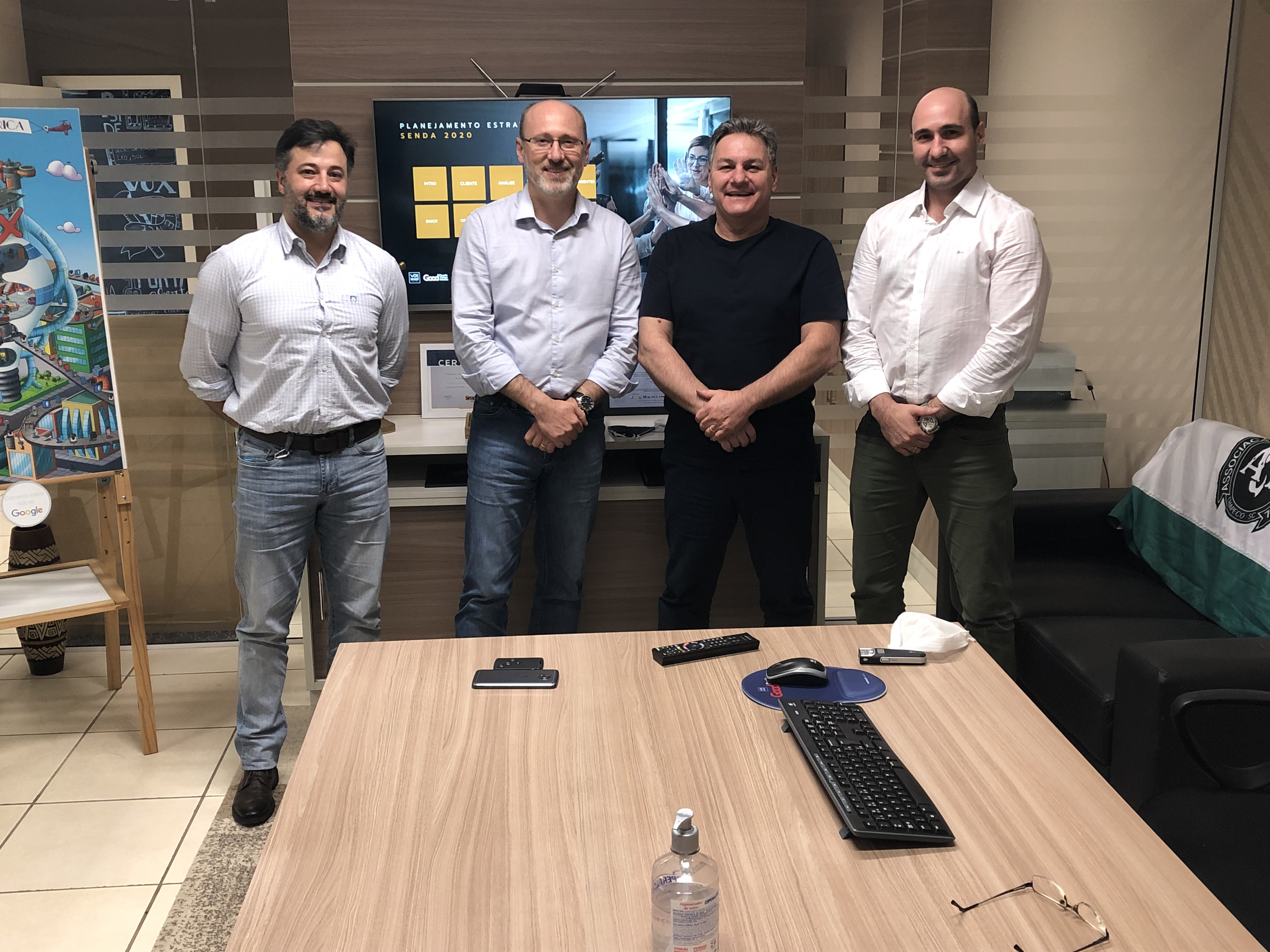Vox Brazil apresenta planejamento estratégico para a Senda Consultoria