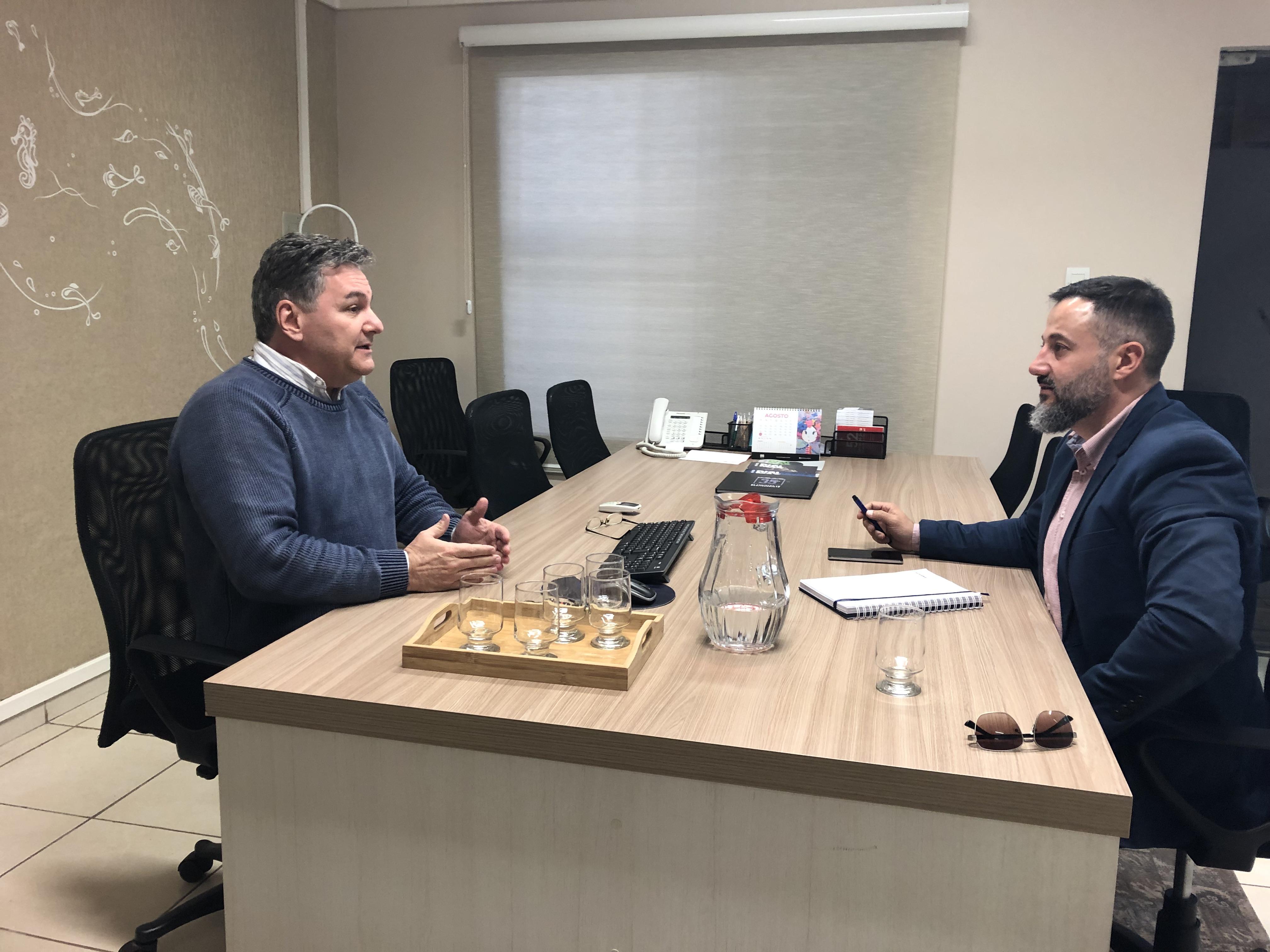 Reunião com desenvolvedor da Senda Consultoria