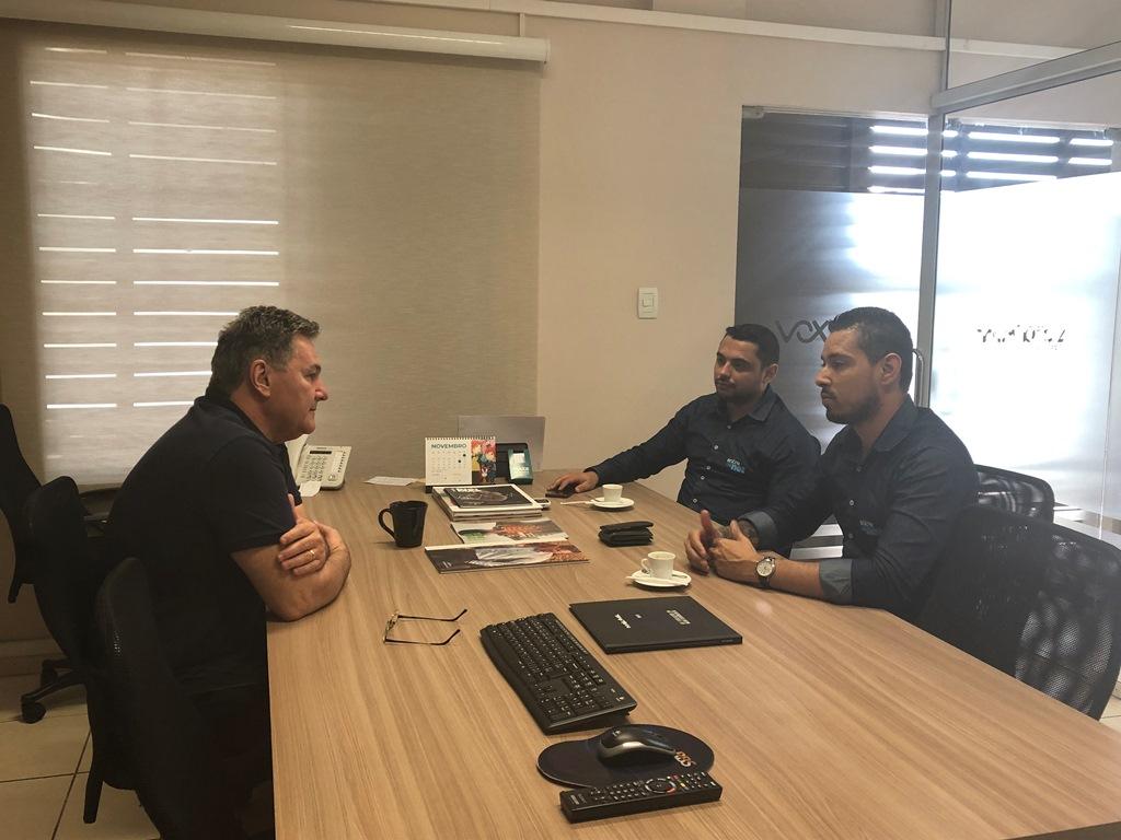 Reunião com executivos da Entrenanet