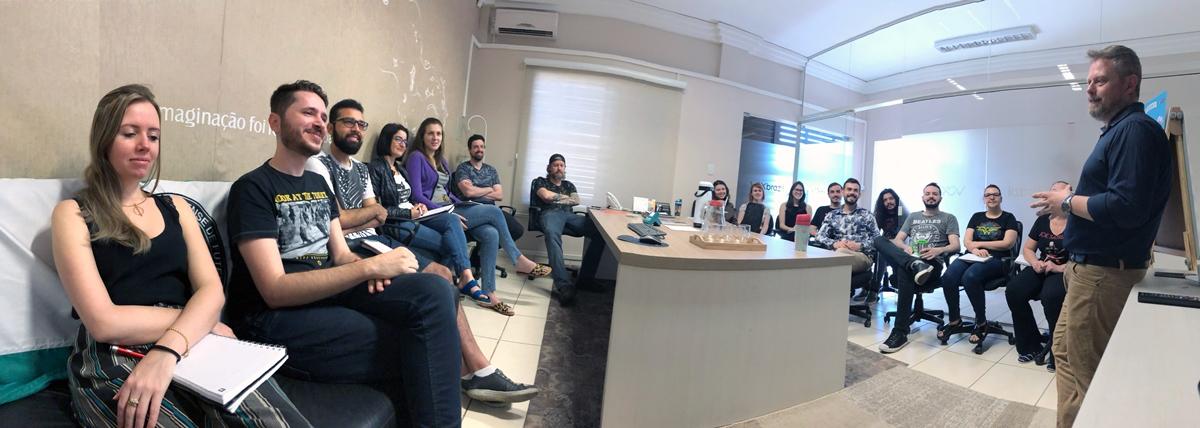 Mais um dia de treinamento na Vox Brazil