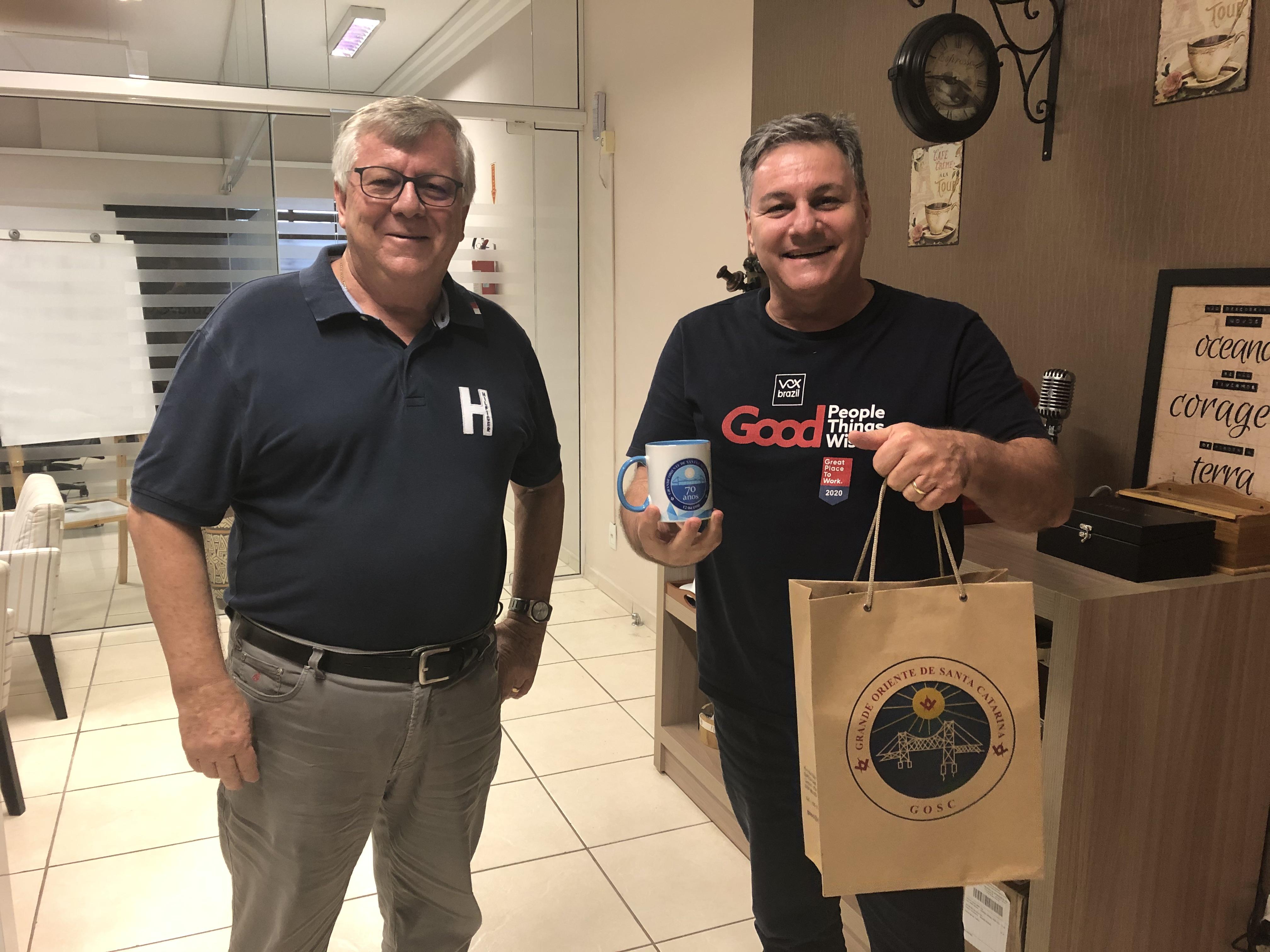 Vox Brazil recebe visita de Grão-Mestre do GOSC